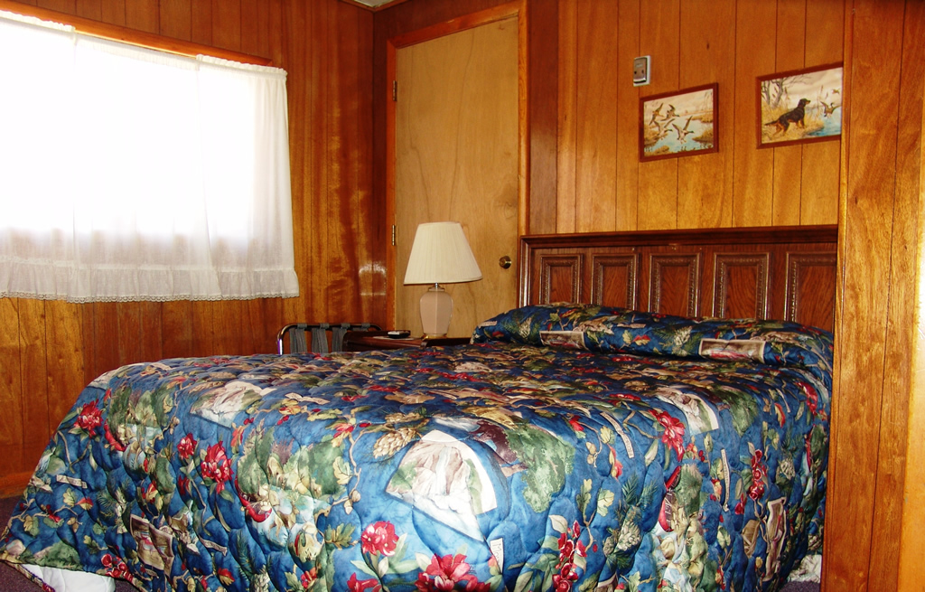 Deer Lodge Rm 2 Red River, New Mexico Vacation Rentals